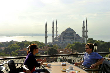 HMS0530900 Turkey, Istanbul, historical centre listed as World Heritage by UNESCO, Sultanahmet District, Sultan Ahmet Camii Mosque (Blue Mosque)