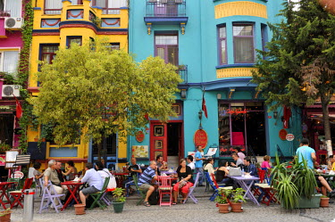 HMS0530991 Turkey, Istanbul, historical center listed as World Heritage by UNESCO, Sultanahmet District, cafes
