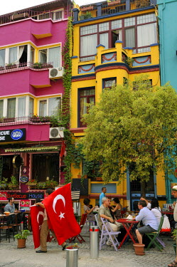 HMS0530992 Turkey, Istanbul, historical center listed as World Heritage by UNESCO, Sultanahmet District, cafes