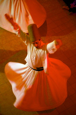 HMS0531039 Turkey, Istanbul, Sufi music and whirling dervishes in the Press Museum