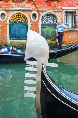 ITA3439AW Gondola bow close-up, Venice, Veneto, Italy