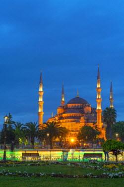 TK229RF Turkey, Istanbul, Sultanahmet, The Blue Mosque (Sultan Ahmed Mosque or Sultan Ahmet Camii)