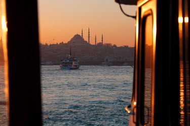 HMS0563392 Turkey, Istanbul, ferry boat on the Bosphorus, in the background Suleymaniye Camii (Suleymaniye Mosque) in the historical centre listed as World Heritage by UNESCO