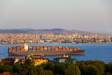 HMS1914077 Turkey, Istanbul, historical centre listed as World Heritage by UNESCO, Container Ship on Sea of Marmara