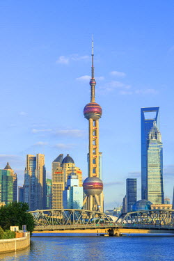CN180RF China, Shanghai, Pudong District, Financial District skyline, including Oriental Pearl Tower, Waibaidu Bridge over Wusong River or Suzhou Creek