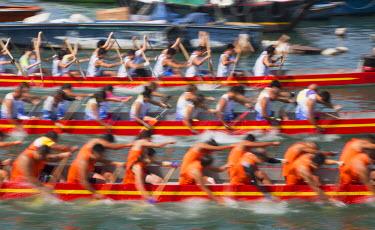 CH10356AW Dragon boat race, Shau Kei Wan, Hong Kong Island, Hong Kong