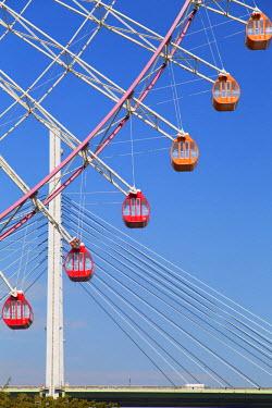 JAP0704AW Ferris wheel, Tempozan, Osaka, Kansai, Japan