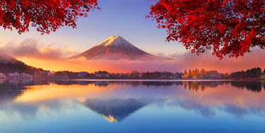 JP03566 Mt. Fuji, Kawaguchi Ko lake, Yamanashi Prefecture, Japan