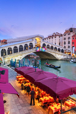 ITA3512AW Italy, Veneto, Venice. Rialto bridge at dusk, high angle view