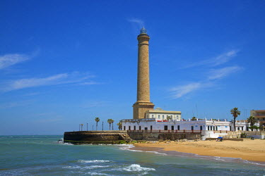 SPA6327AW Beach and lighthouse of Chipiona, Costa de la Luz, Andalusia, Spain