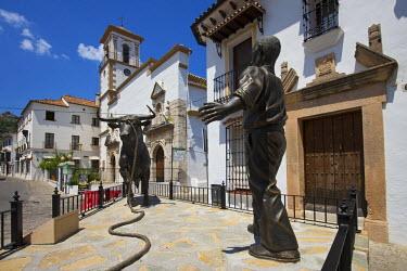 SPA6341AW Bull sculpture in Grazalema, Parque Natural Sierra de Grazalema, Andalusia, Spain