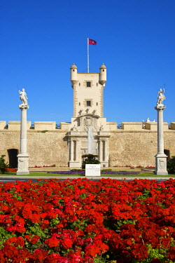 SPA6320AW Puerta de Tierra, Plaza de la Constitucion in Cadiz, Cadiz, Costa de la Luz, Andalusia, Spain