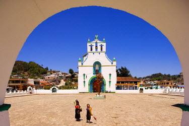 HMS0215378 Mexico, Chiapas State, San Juan de Chamula Church