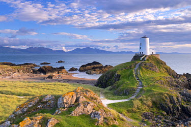 WAL7413AW Twr Mawr lighthouse on Llanddwyn Island, Anglesey, North Wales. Autumn (September)