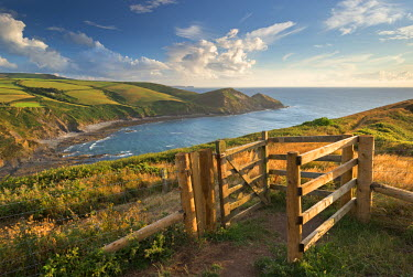 ENG11900AW Kissing Gate on the South West Coast Path near Crackington Haven, Cornwall, England. Summer (August)