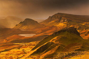 SCO33342AW Spectacular light over the Trotternish Range from the Quiraing in the Isle of Skye, Scotland. Winter (November)