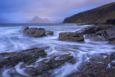SCO33351AW Dramatic coastline of Elgol, looking across to the Cuillins, Isle of Skye, Scotland. Winter (November)