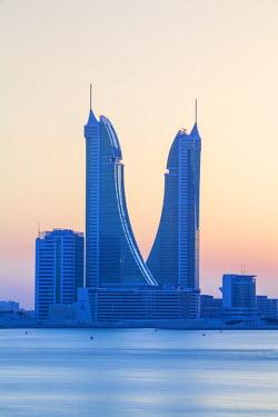 UE04095 Bahrain, Manama, Bahrain Financial Harbour, Harbour Towers