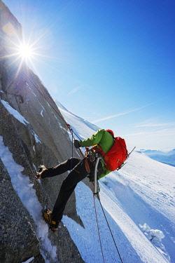 FRA8482 Europe, France, Haute Savoie, Rhone Alps, Chamonix, climber abseiling in Chere couloir - Mont Blanc du Tacul