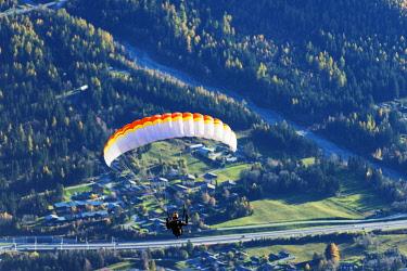 FRA8519 Europe, France, Haute Savoie, Rhone Alps, Chamonix Valley, paraglider