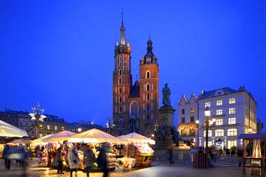 PL04086 Christmas Market, Krakow, Poland, Europe