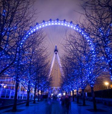 UK10951 London Eye (Millennium Wheel), South Bank, London, England