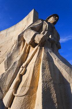 RM01473 Romania, Maramures Region, Baia Mare, Romanian Soldier's Monument