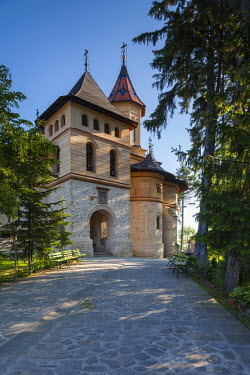 RM01511 Romania, Bucovina Region, Suceava, Orthodox Mirauti Church, 14th century