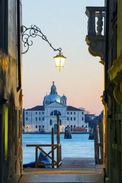 ITA3937 Europe, Italy, Veneto, Venice, San Giorgio Maggiore Church across Basino di San