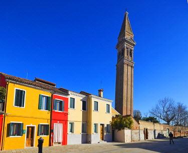 ITA3965 Europe, Italy, Veneto, Venice, Burano, leaning tower of Burano
