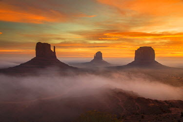 USA9465AW Sunrise view over the Mittens, Monument Valley Navajo Tribal Park, Arizona, USA