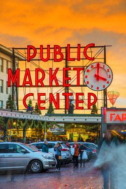 USA9513AW Pike Place Market neon sign at sunset, Seattle, Washington, USA