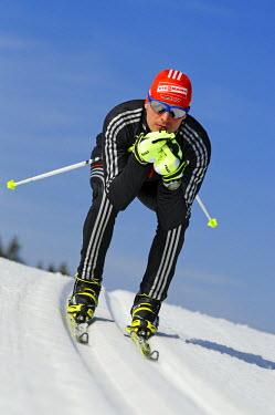 GER8439AW Cross-country skiing, Tobias Angerer, Hemmersuppenalm, Reit im Winkl, Chiemgau, Upper Bavaria, Bavaria, Germany, MR