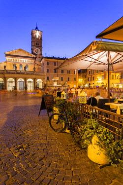 ITA3997AW Italy, Italia. Latium, Lazio. Roma district. Rome, Roma. Trastevere. Santa Maria in Trastevere at night.