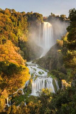 ITA4031AW Italy, Umbria, Terni district, Terni, Marmore Falls. One of the tallest waterfalls in Europe. 165 m (541 feet)
