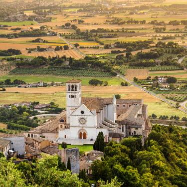 ITA4049AW Italy, Umbria, Perugia district, Assisi, Basilica of San Francesco.