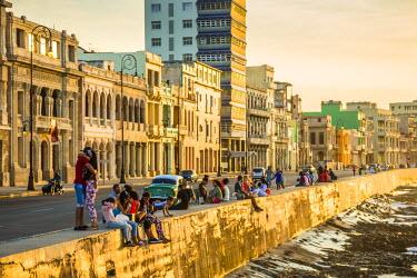 CB01541 The Malecon, Centro Habana, Havana, Cuba