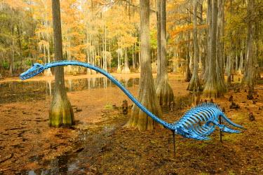 USA9663AW USA, Florida, Tallahassee, Panhandle, Tallahasse Museum, Cedar swamp, Jim Gary, twentieth century Dinosaur sculpture,