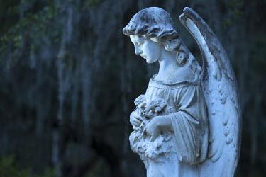 USA9724AW USA, Georgia, Savannah, Bonaventure Cemetery, gravestone