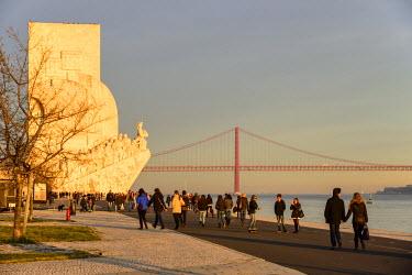 POR8212AW Monument to the Discoveries (Padrao dos Descobrimentos) on a Sunday afternoon. Lisbon, Portugal