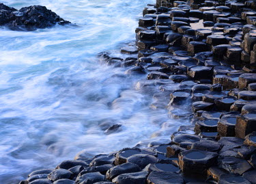 NIR8838AW Northern Ireland, County antrim, Giants causeway, close-up of columns
