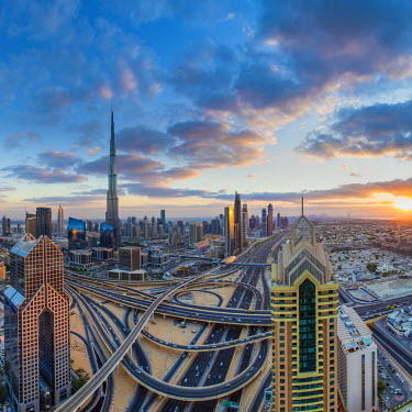 UE01565 The Burj Khalifa Dubai, elevated view across Sheikh Zayed Road and Financial Centre Road Interchange ,Downtown Dubai, Dubai, UAE