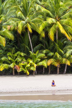 HMS1881067 Panama, Veraguas province, Gulf of Chiriqui, National Park of Coiba listed as World Heritage by UNESCO since 2005, Rancheria island, palm-fringed beach