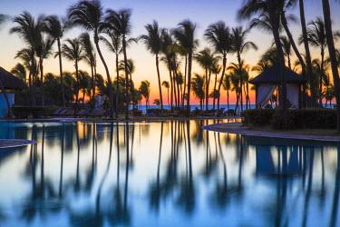 CB02368 Cuba, Varadero, Swimming pool at Paradisus Hotel