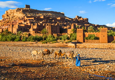 MOR2262AW Ksar of Ait Ben Haddou, a striking example of southern Moroccan architecture, Ouarzazate Province, Morocco