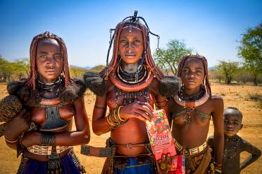 NAM6213AW Kunene region, Northern Namibia, Africa. Himba people.