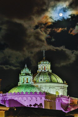 HMS2104086 Ecuador, Quito, listed as World Heritage by UNESCO, Compagny of Quito church, night view of church domes of the Quito Company