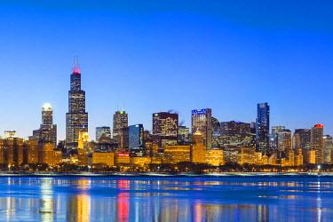 USA9855AW USA, Illinois, Chicago. The City Skyline and a frozen Lake Michigan.
