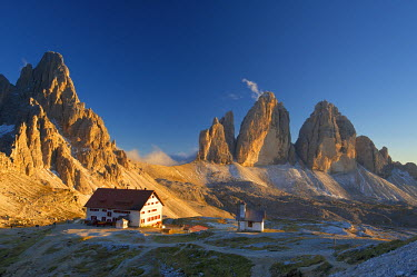 ITA4292AW Le Tre Cime di Laveredo, Dolomites, Trentino, South Tyrol, Italy