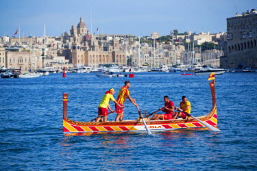 MLT0486 Maltese Islands, Malta, Southern Europe. The traditional regatta in the Grand Harbour with traditional Maltese Boats.